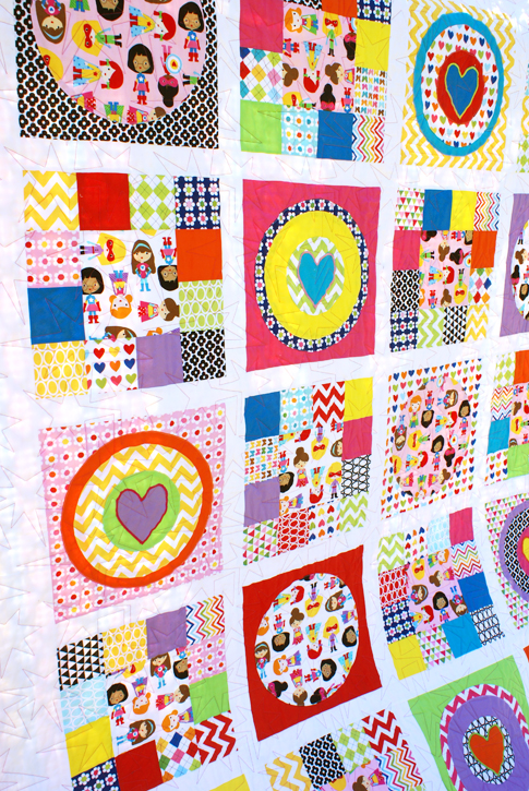 modflowers: quilt by Laurie Matthews, using Ann Kelle fabrics