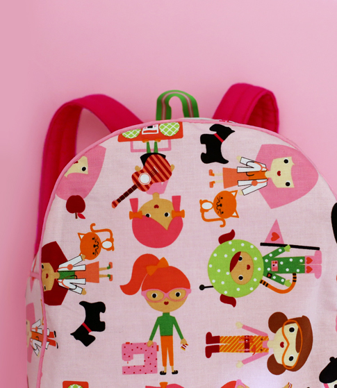 ann kelle girl friend backpack