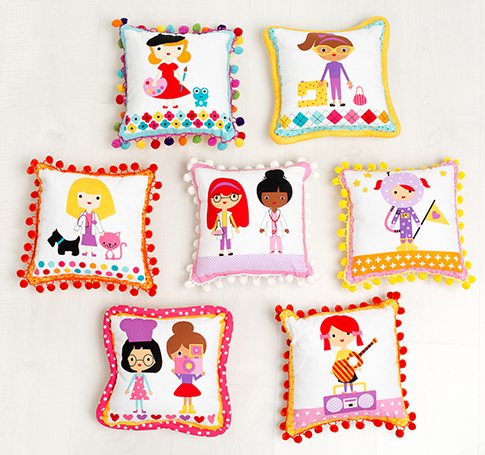 Robert Kaufman Girl Friends Pom Pom Pillows Kit