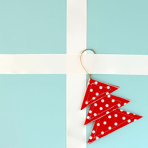 fabric christmas ornament sewing tutorial / ann kelle