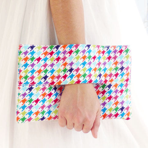 ann kelle houndstooth clutch or wrist wallet